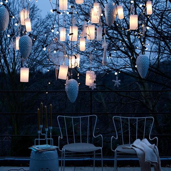 outdoor-christmas-lights-housetohome8