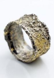 Yasushi-Jona-jewelry-4-425x303