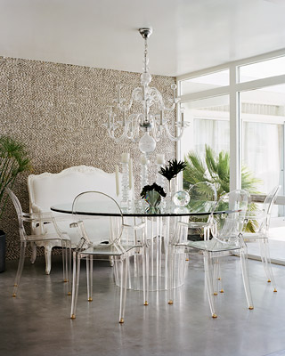 pairing-Lucite-table-set-Louis-Ghost-chairs