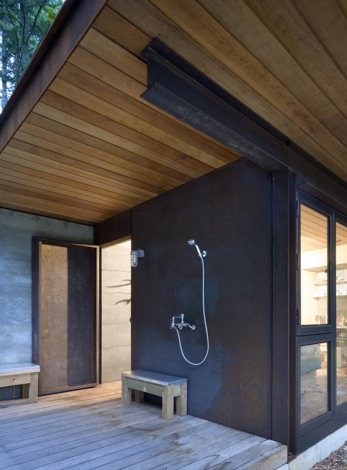 700_olson-kundig-outdoor-shower