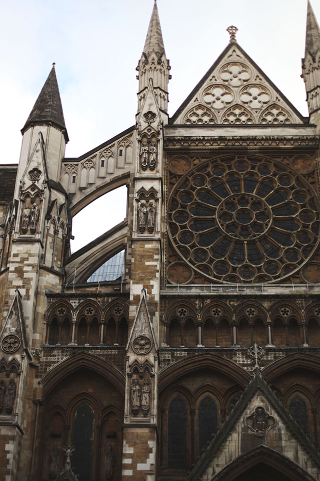 finch_and_fawn-westminster_abbey-london-2