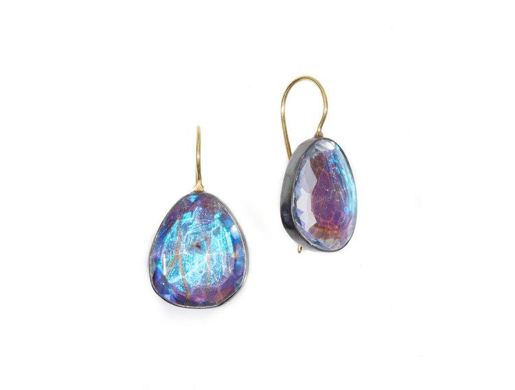 april higashi earrings