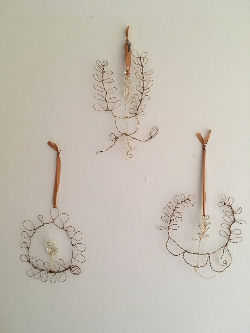 set of 3 wire ornaments