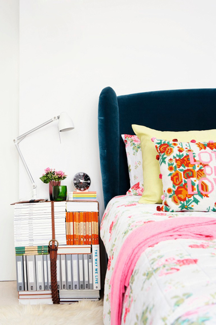 Bedroom-DIY-magazine-table