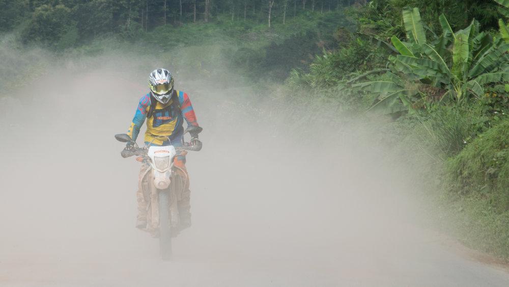 Laos-north-tour-MOTOLAO-photo-by-Xeng-Yang-DSC_0349.jpg