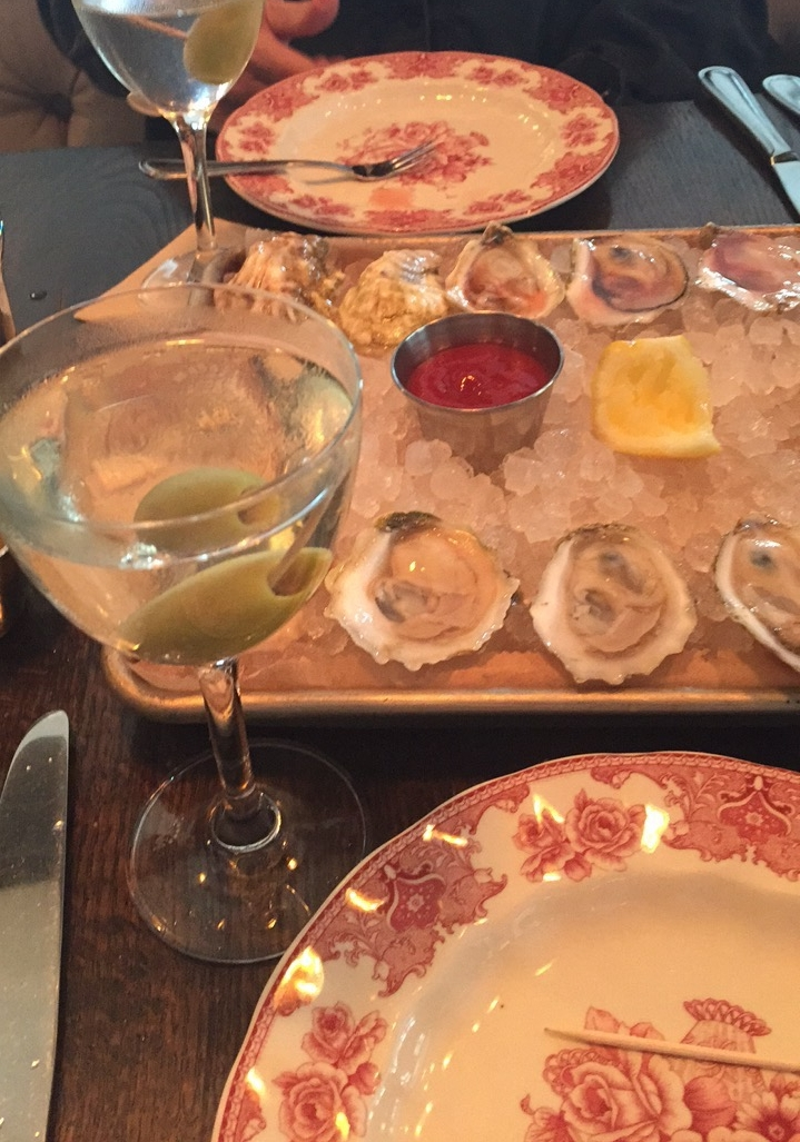 Oysters and martinis. What more could you want?!