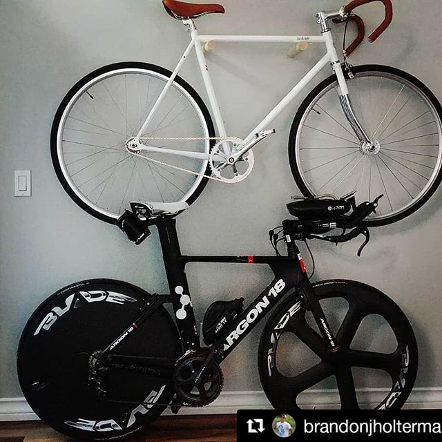 What's your ride this weekend?  #Repost @brandonjholterman ・・・ Morning whip. Afternoon whip. . . . . . . . . . . #beauty #inlove #craftsmenship #bikes #bikeporn #justride  #summerrides #argon18 #bladecarbonwheels #lochside #yyc #summer #yycbike #ironmantri #triathlontraining #choices #teamunicornsparkleadventure