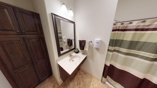 Model Bathroom.jpg