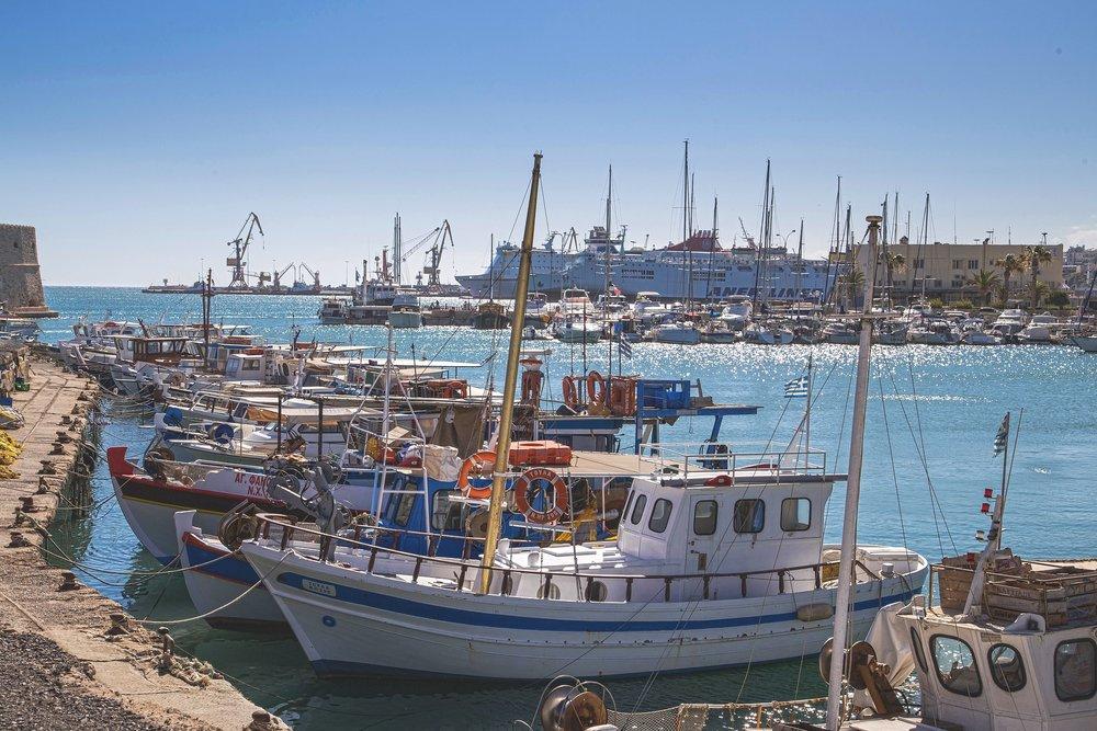 harbour-1542873_1920.jpg