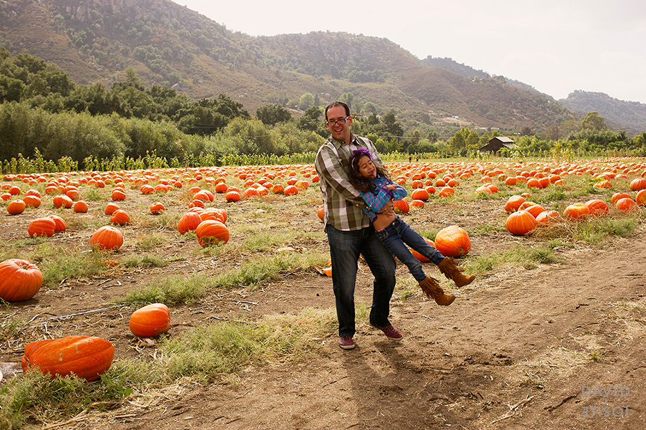 0016_cumple_suegro_bates-nut-farm-pumpkin-patch_101013-edit
