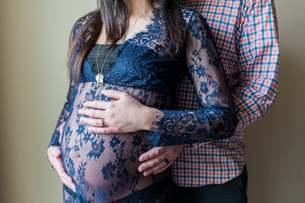 Tori & Scott | In-home Maternity | Dallas Lifestyle Portrait Photographer