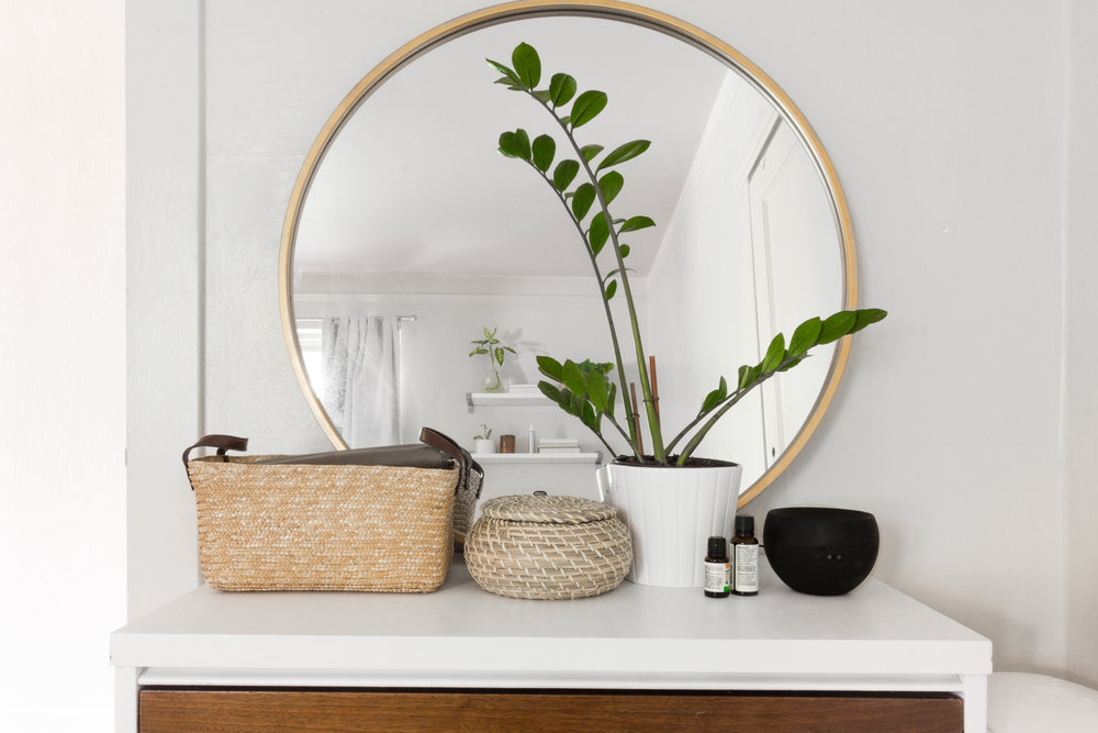 SHOP:  Mirror  |  Basket  |  Diffuser