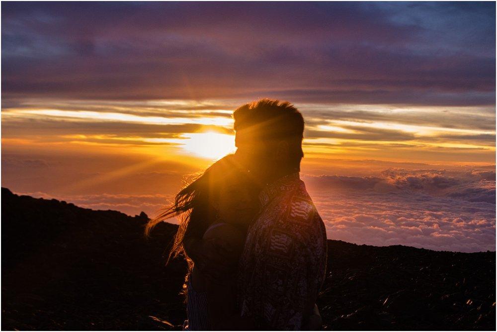Hawaii-Volcano-Adventure-Session-photos-by-Aloha-Zoe-Photography5.jpg