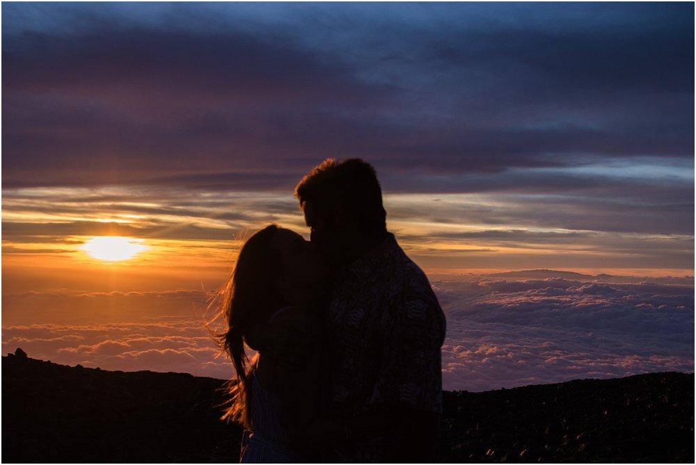 Hawaii-Volcano-Adventure-Session-photos-by-Aloha-Zoe-Photography8.jpg
