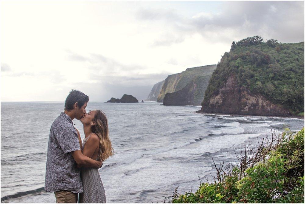 Hawaii-Valley-Adventure-Session-photos-by-Aloha-Zoe-Photography-2.jpg