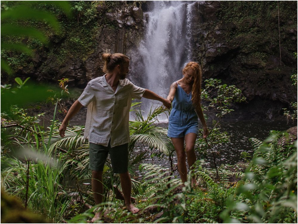 hawaii-waterfall-adventure-session-photos-by-aloha-zoe-photography_0002.jpg