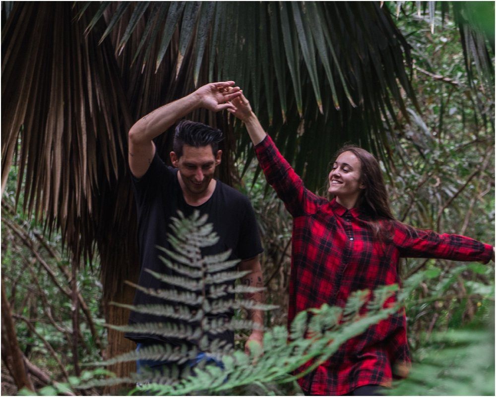 hawaii-forest-elopement-shoot-photos-by-aloha-zoe-photography_0004.jpg