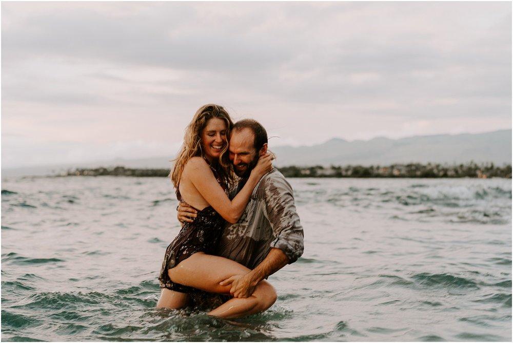 destination-elopement-photography-hawaii-photos-by-aloha-zoe-photography_0026.jpg