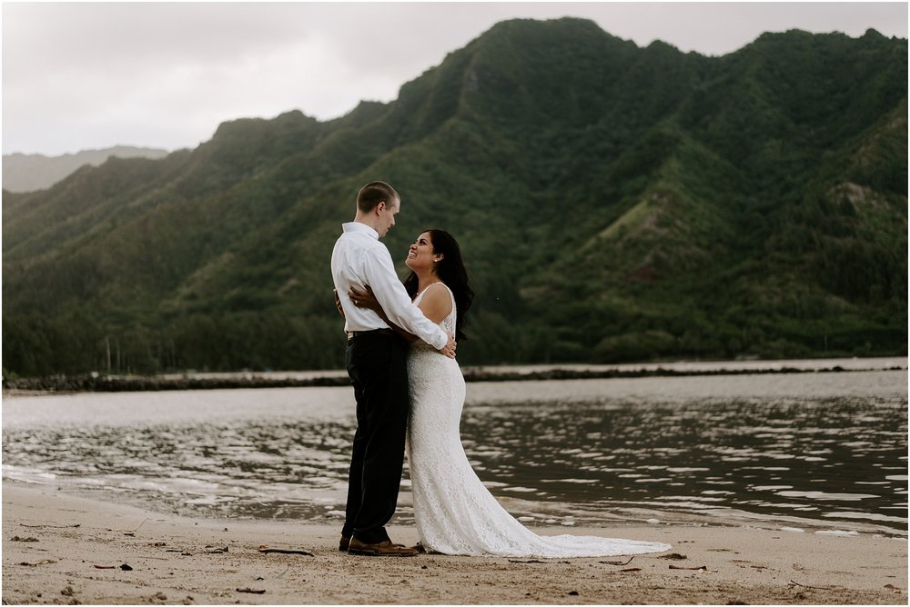 oahu-intimate-bridal-adventure-session_0018.jpg