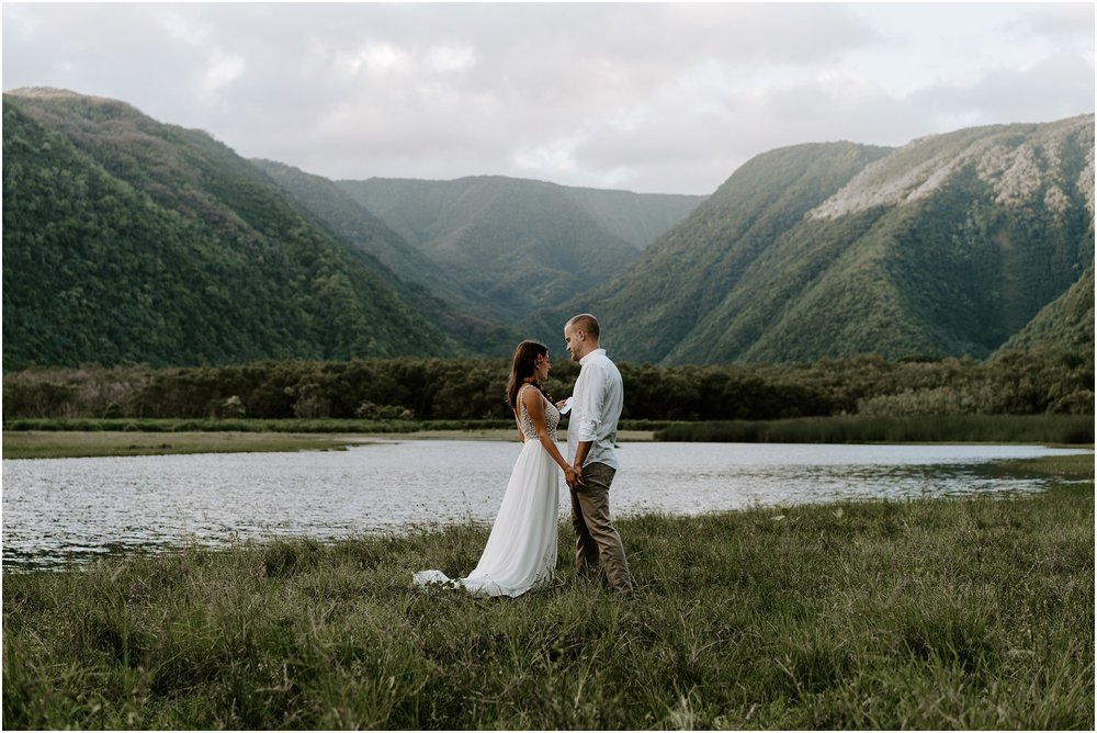 big-island-elopement-pololu-valley_0015.jpg