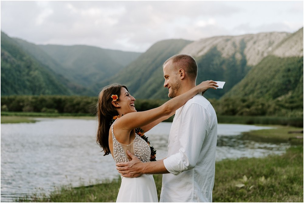 big-island-elopement-pololu-valley_0016.jpg