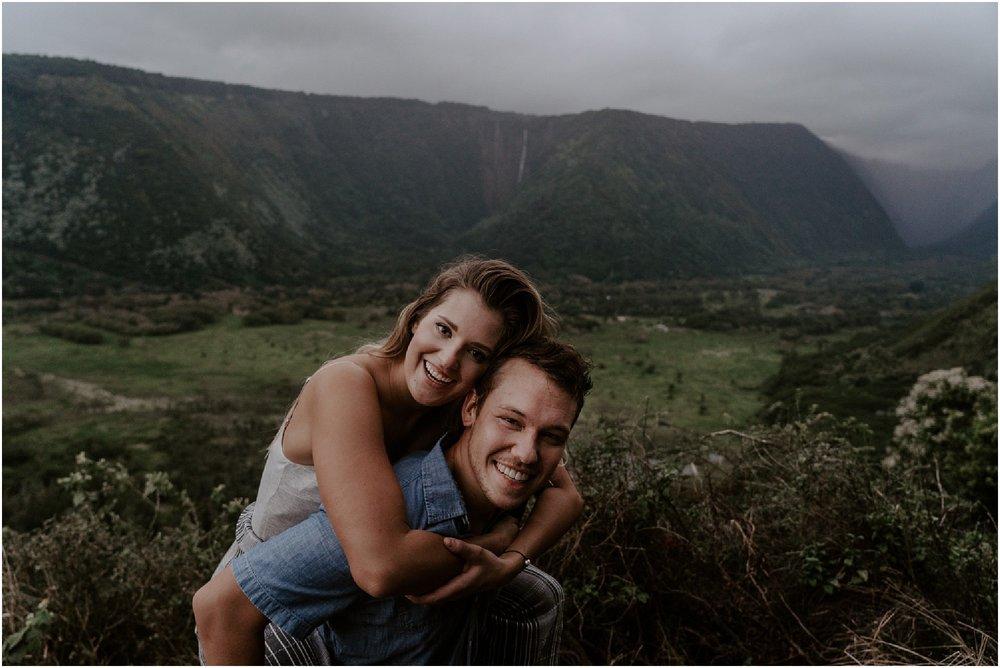 hawaii-adventure-session-alohazoephotography-waipio-valley_0024.jpg