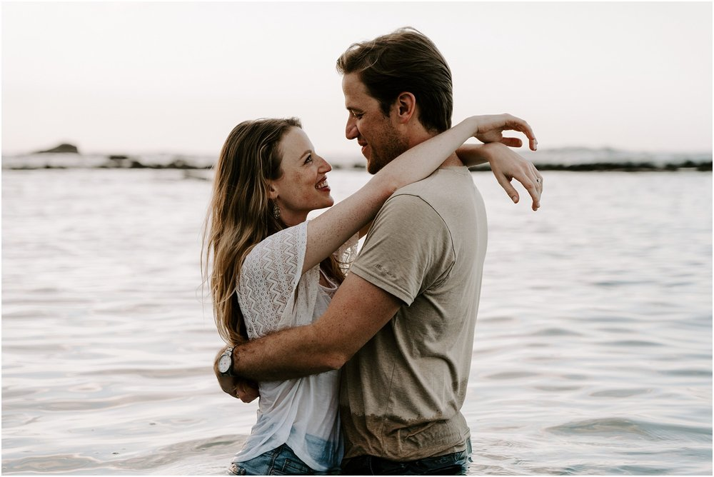 hawaii-elopement-photographer-sunset-couples-session_0015.jpg