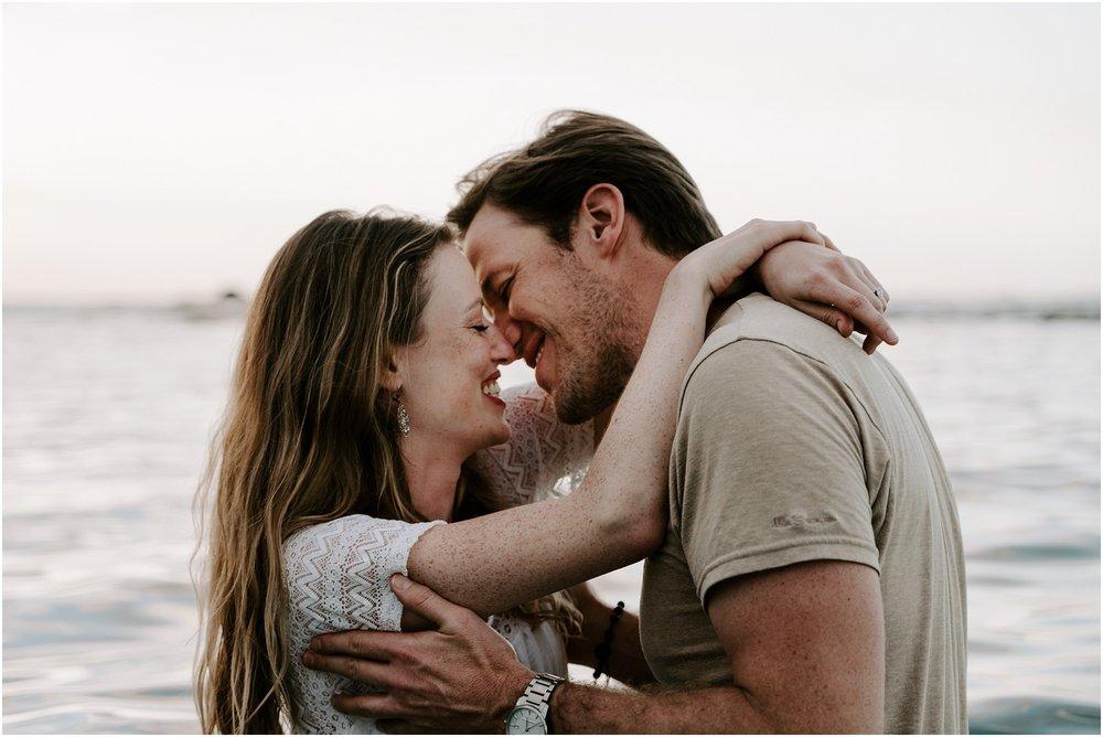 hawaii-elopement-photographer-sunset-couples-session_0017.jpg