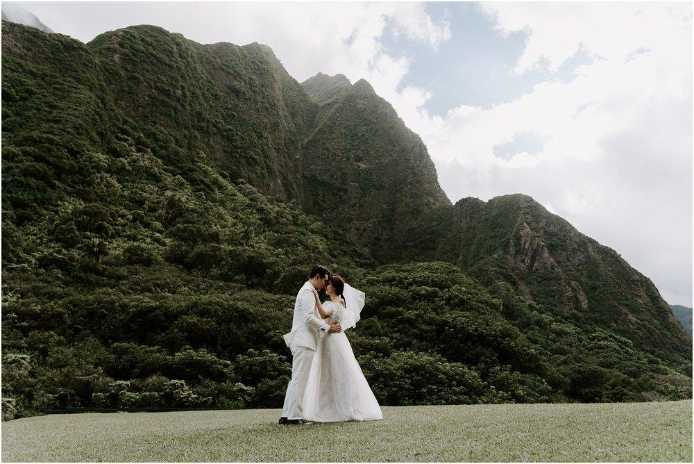 hawaii-elopement-photographer-maui-adventure-session_0010.jpg