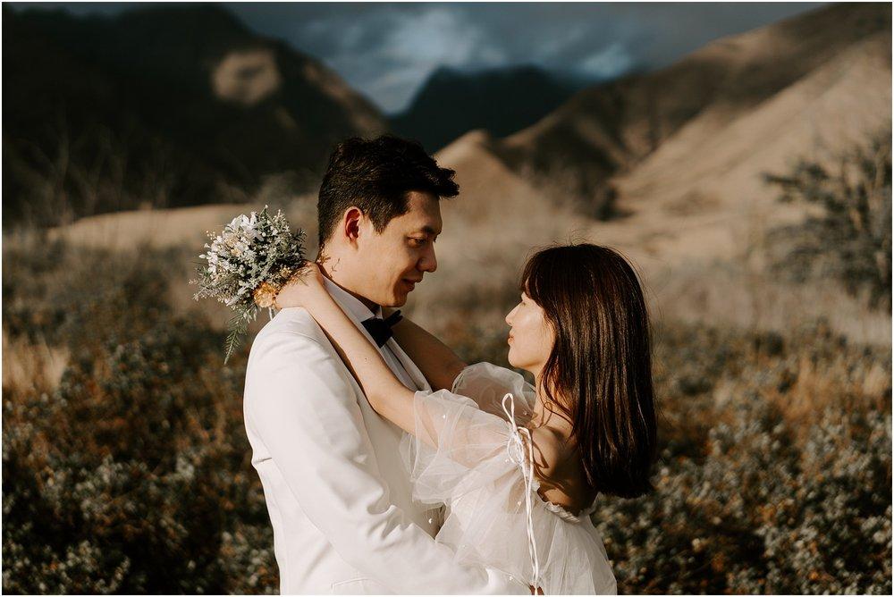 hawaii-elopement-photographer-maui-adventure-session_0025.jpg