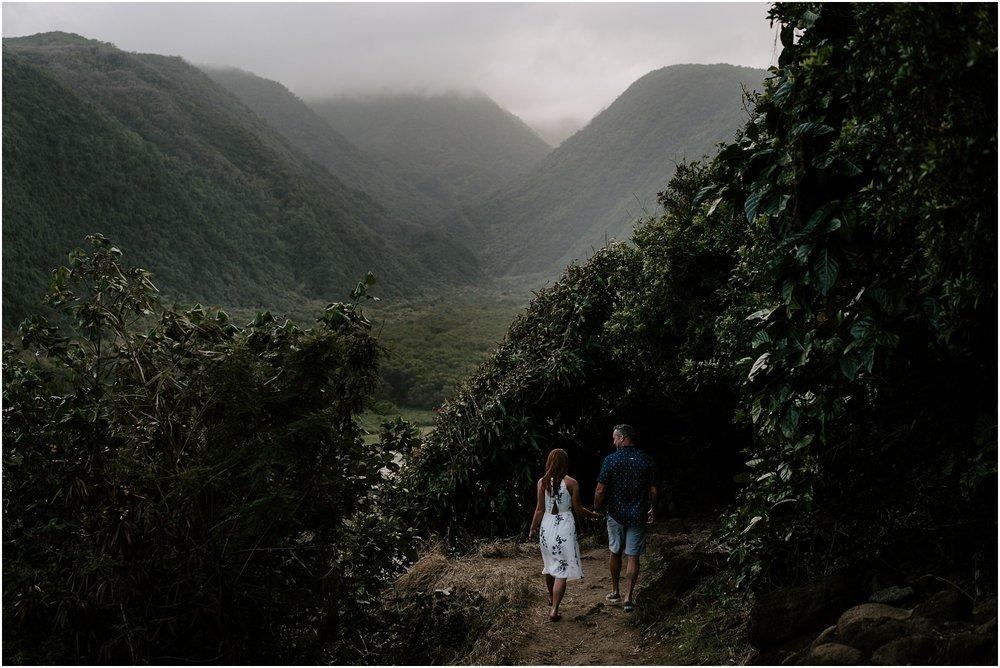 big-island-couples-adventure-session-waterfall-photoshoot_0003.jpg