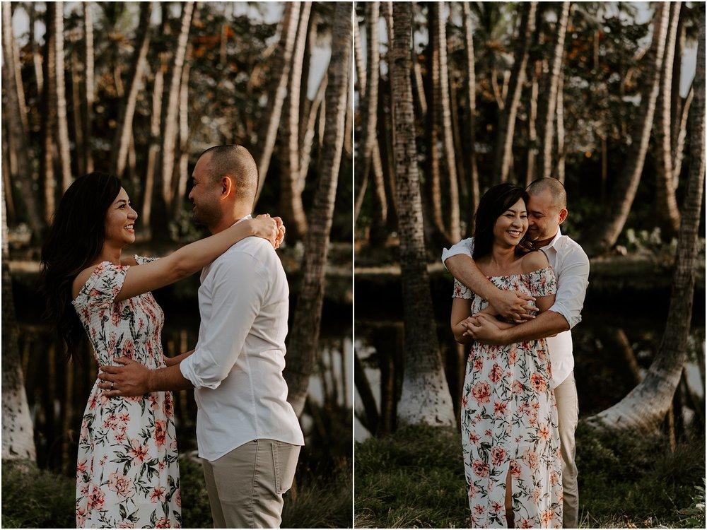 hawaii-elopement-photographer-beach-couples-session_0001.jpg