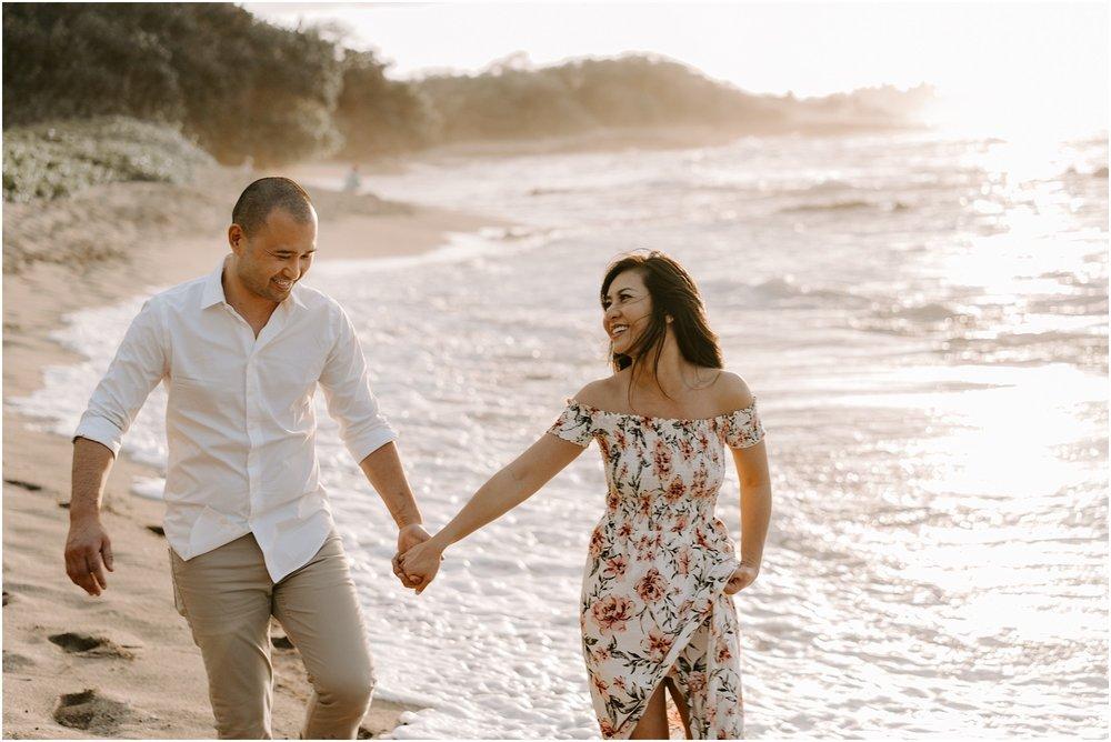 hawaii-elopement-photographer-beach-couples-session_0009.jpg