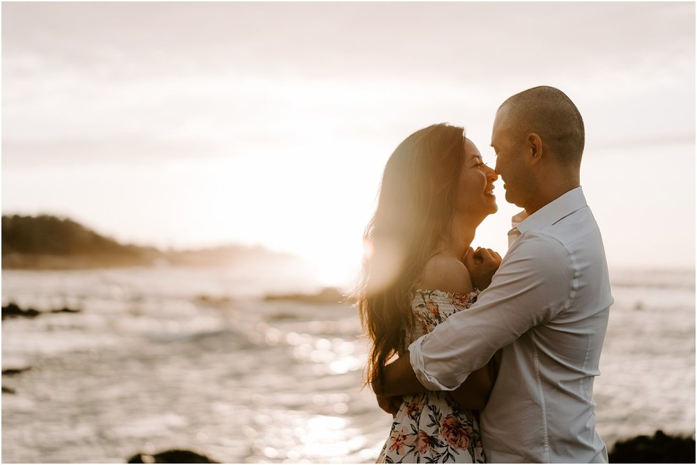 hawaii-elopement-photographer-beach-couples-session_0012.jpg