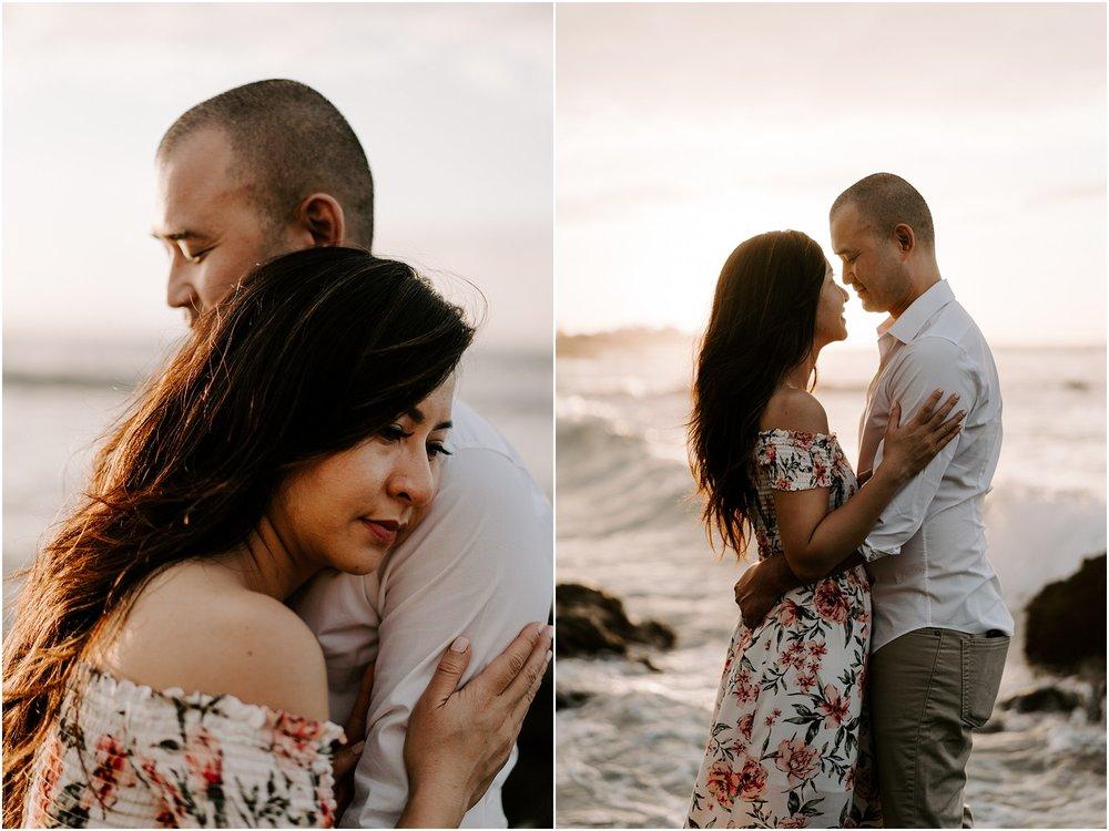 hawaii-elopement-photographer-beach-couples-session_0013.jpg