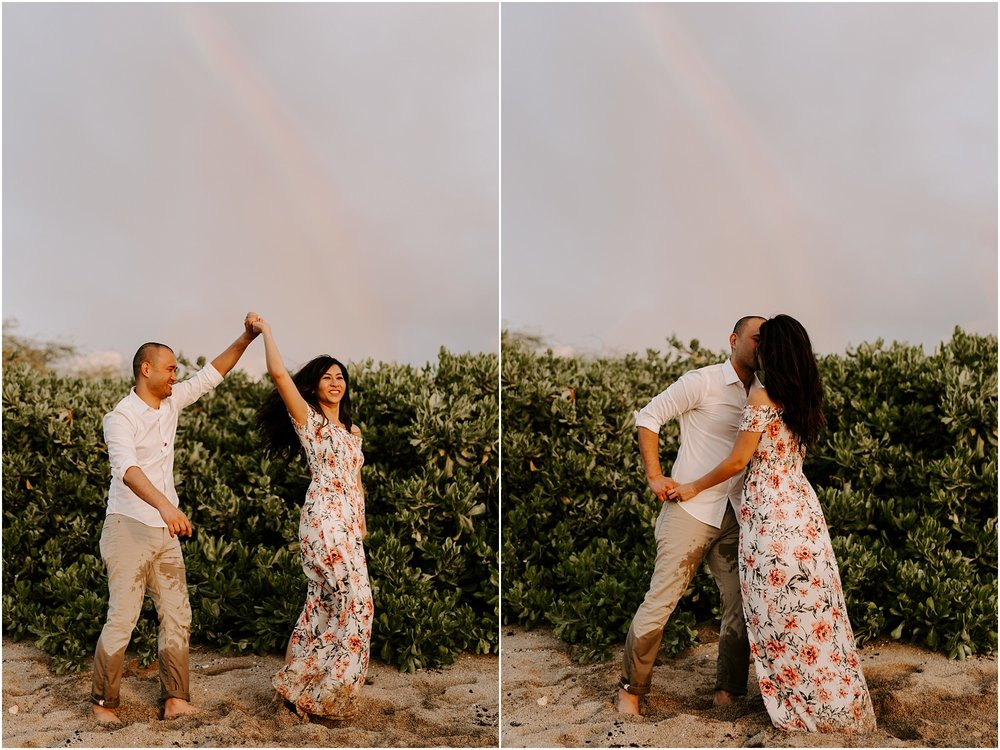 hawaii-elopement-photographer-beach-couples-session_0017.jpg