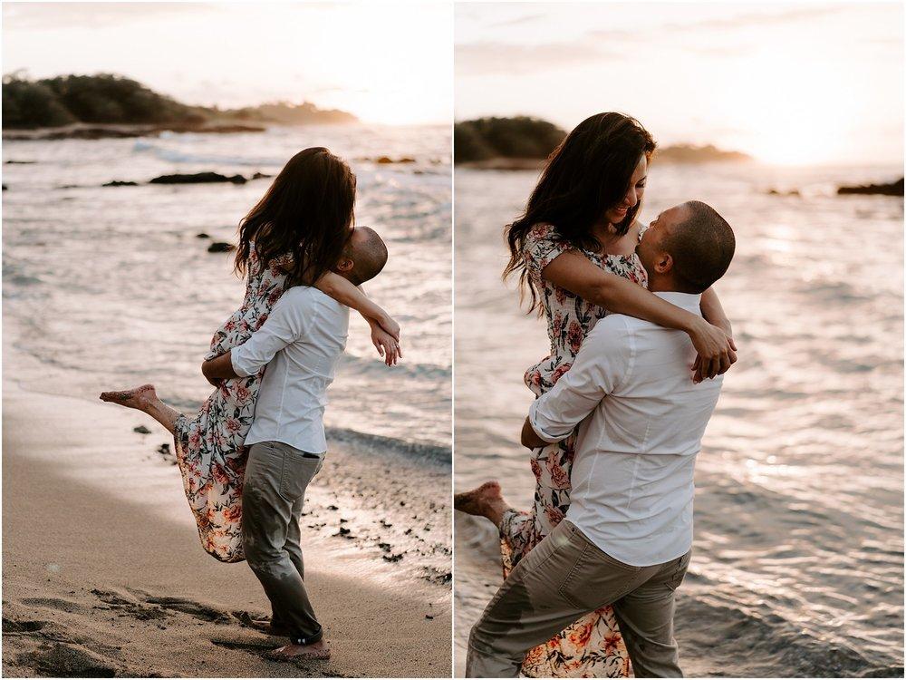 hawaii-elopement-photographer-beach-couples-session_0019.jpg