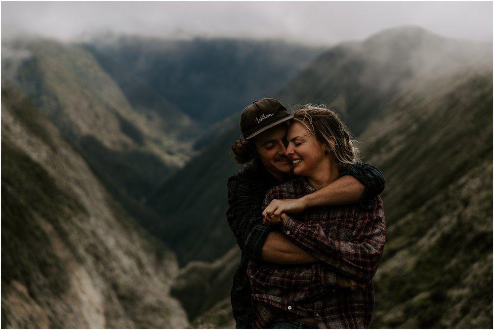 valley-adventure-session-hawaii-elopement-photographer_0012.jpg