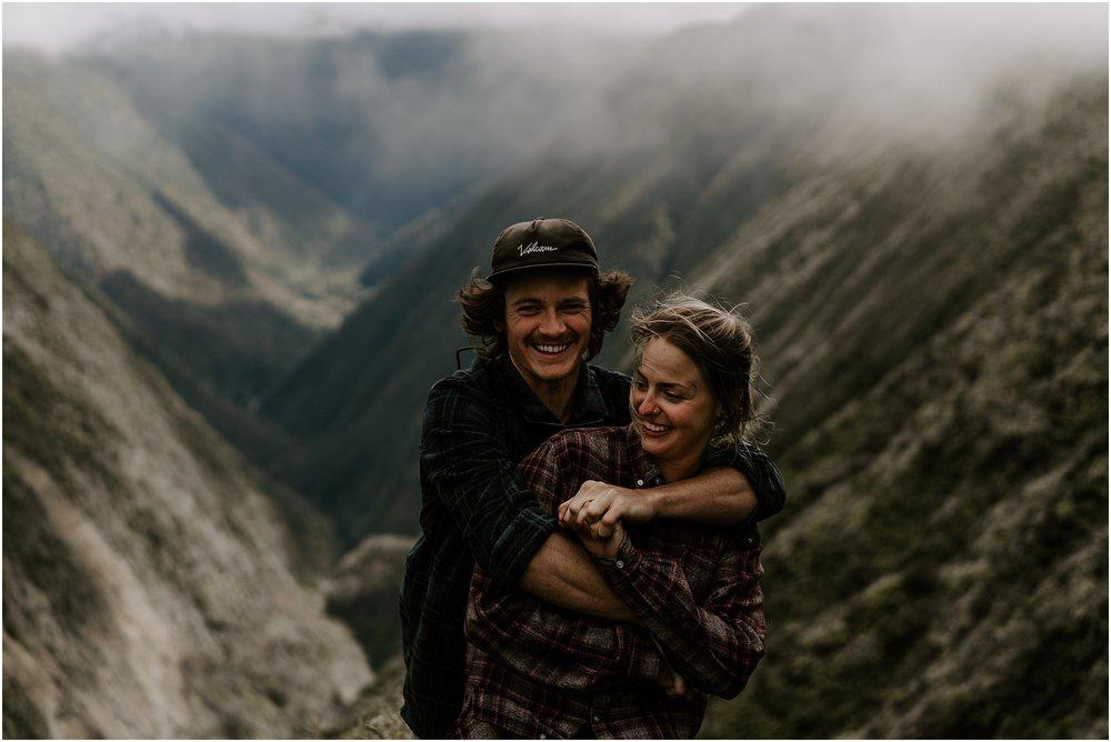 valley-adventure-session-hawaii-elopement-photographer_0013.jpg