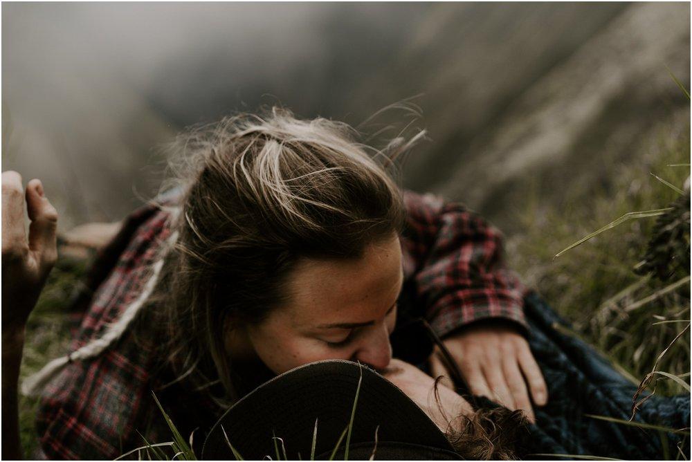 valley-adventure-session-hawaii-elopement-photographer_0022.jpg