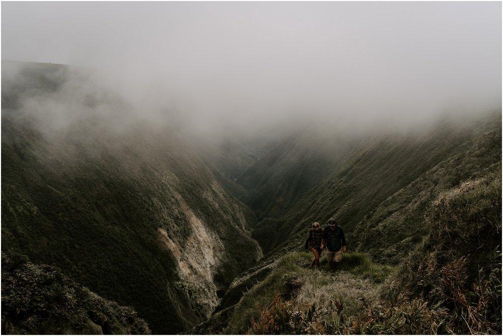valley-adventure-session-hawaii-elopement-photographer_0029.jpg