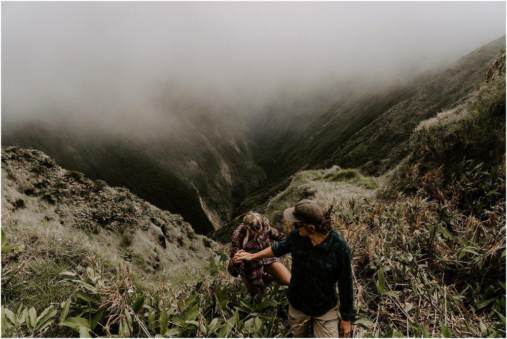valley-adventure-session-hawaii-elopement-photographer_0030.jpg