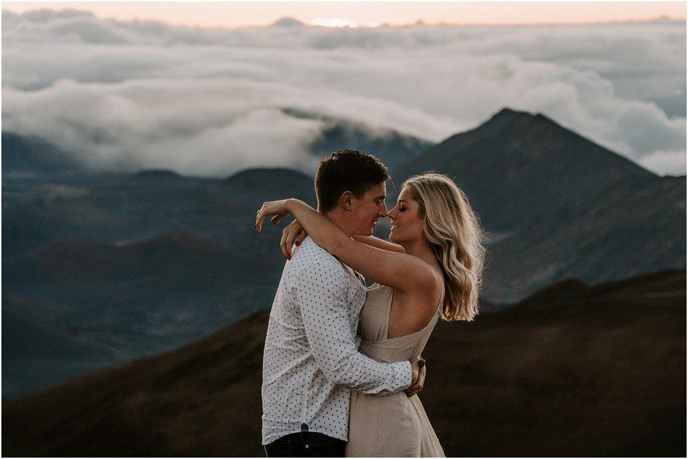 haleakala-sunrise-maui-hawaii-elopement-photographer_0016.jpg