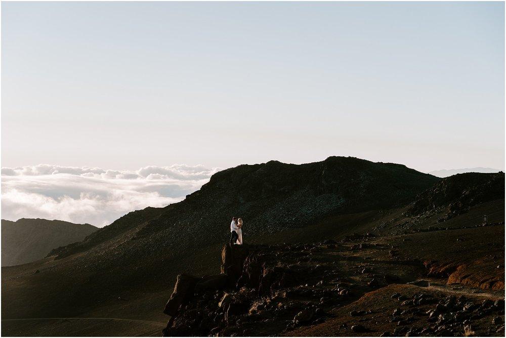 haleakala-sunrise-maui-hawaii-elopement-photographer_0031.jpg