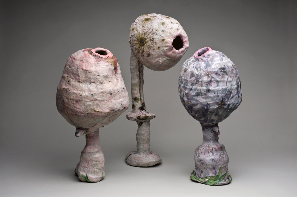 Fil et Ruban Vase Sculptures