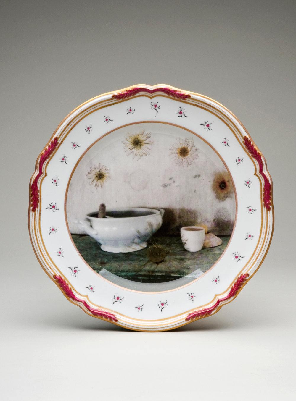 Discontinued - Tureen with size