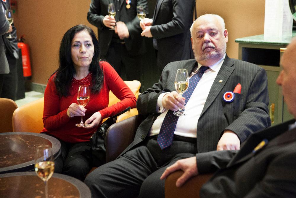 Maria Escalante med Jan Hedh, hedersledamot gör choklad på högsta internationella nivå