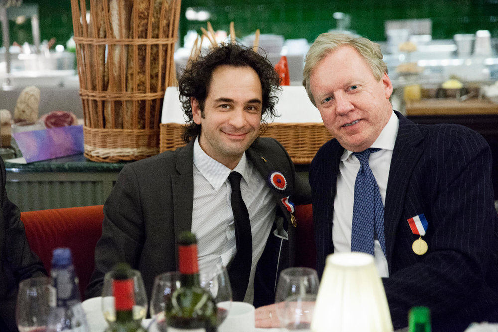 Markus Aujalay välkomnades i M Sandahl Foundation av sin fadder Per Nordlind