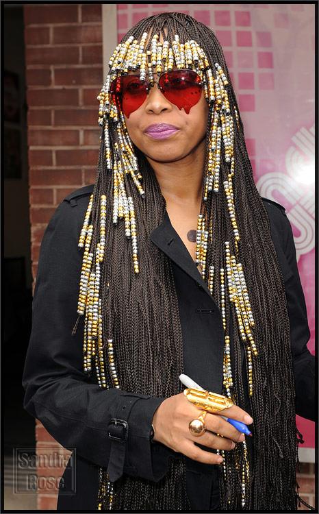 Eryka-Badu-Beads-Hair.jpg