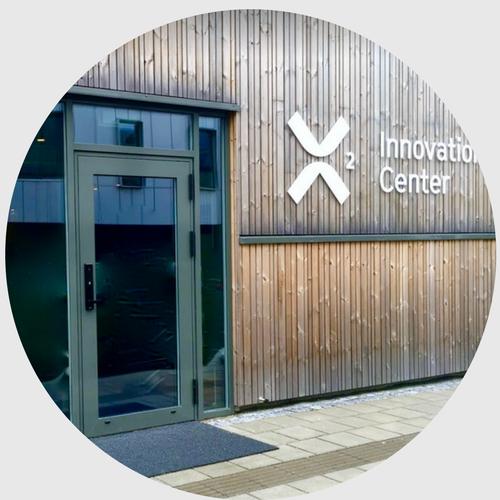 X2 Innovation Center - Blue Room i vannkanten